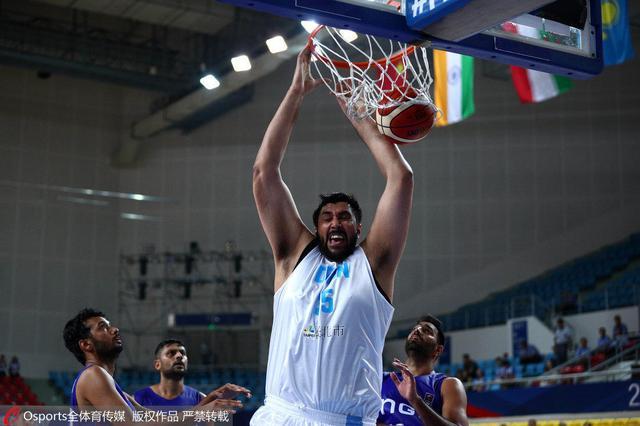 篮球亚冠-揭幕战宝岛冠军32分狂胜印度石油队