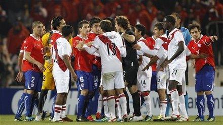 美洲杯-智利1-0秘鲁头名晋级 92分获乌龙大礼