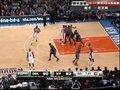 视频:魔术vs尼克斯 队友上篮遭狠帽小斯捡漏