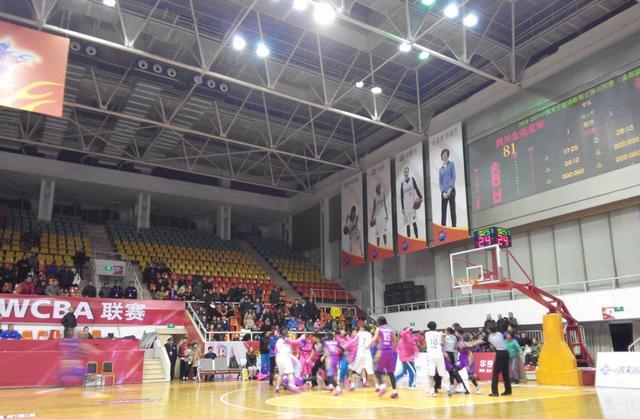 人民日报:中国篮球,该开闸冲淤了