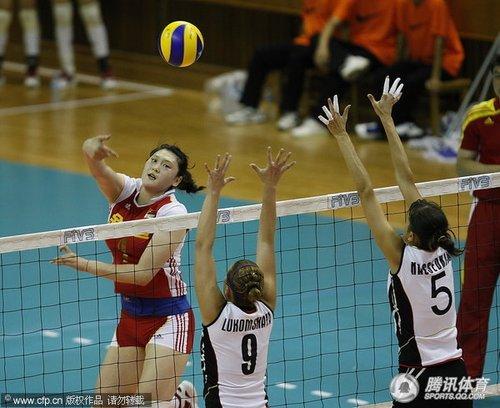女排3-0完胜哈萨克斯坦 将与韩国争小组头名