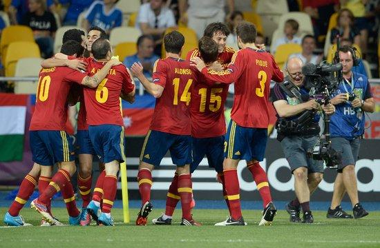 欧洲杯-西班牙4-0意大利成功卫冕 托雷斯传射
