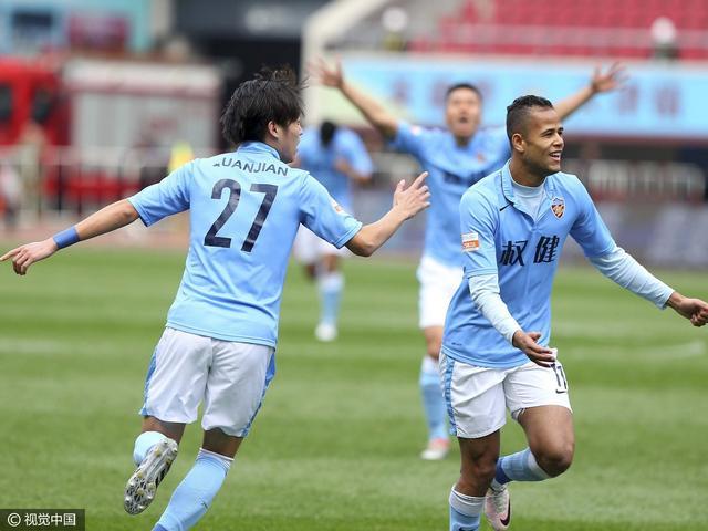 中甲-权健3-0胜梅州法老传射 携贵州成功冲超