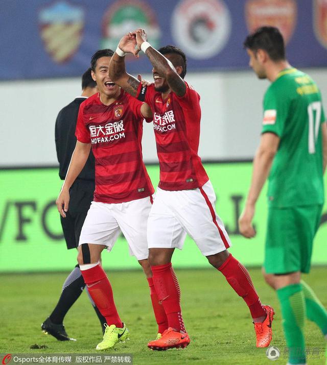 U23小将表现喜忧参半 上海双雄轰9球成大赢家