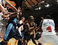 视频:NBA十大恶性打架 姚明恩师独膺冠亚军