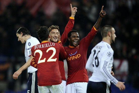 欧冠-罗马3-2逆转拜仁 戈麦斯两球托蒂点杀