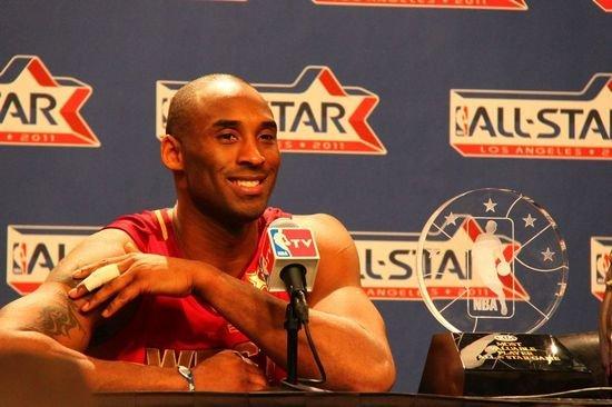 科比:没有强求MVP 怒扣詹姆斯很有趣