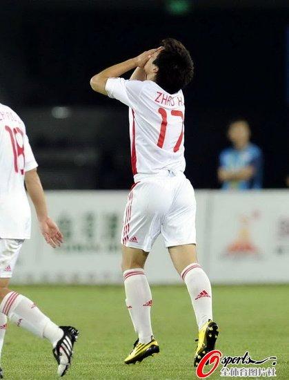 3-0幕后的2个空白时刻 国奥糙哥群拿什么抗韩