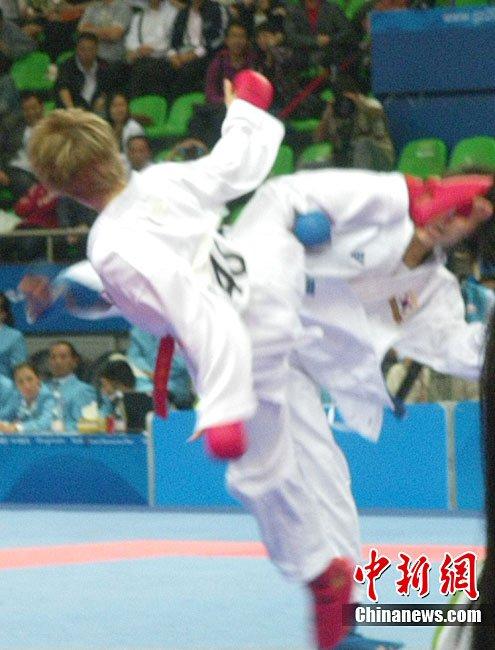 空手道女子50公斤级比赛 中华台北陈彦卉摘铜