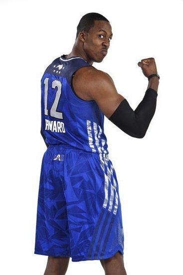 NBA现役最佳中锋排行 魔兽居首冠军脊梁入围