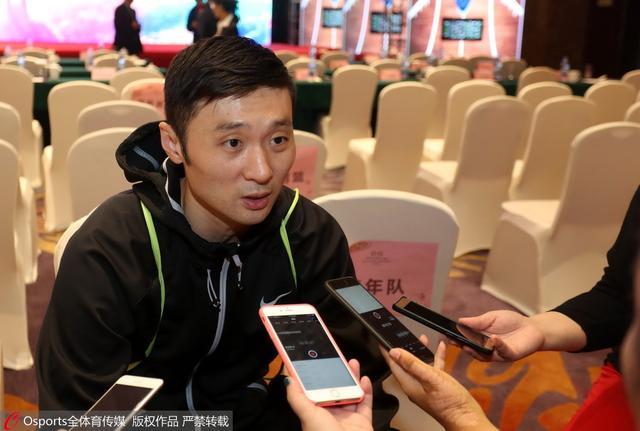 刘炜:暂时没想未来规划 黄荣奇会成优秀后卫