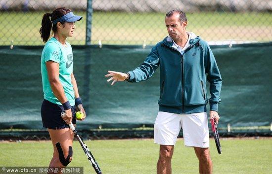 谢明:莎娃换错教练了?李娜与教练达新境界