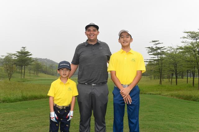 【热点】高尔夫佛山职业青少年配对赛落幕阿米蒂奇组收获冠军