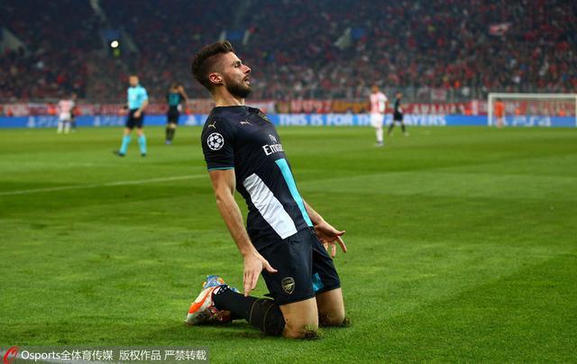欧冠-阿森纳3-0连续16年晋级 吉鲁戴帽立头功