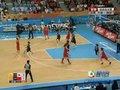 视频:女篮决赛苗立杰抢篮板二次进攻得分
