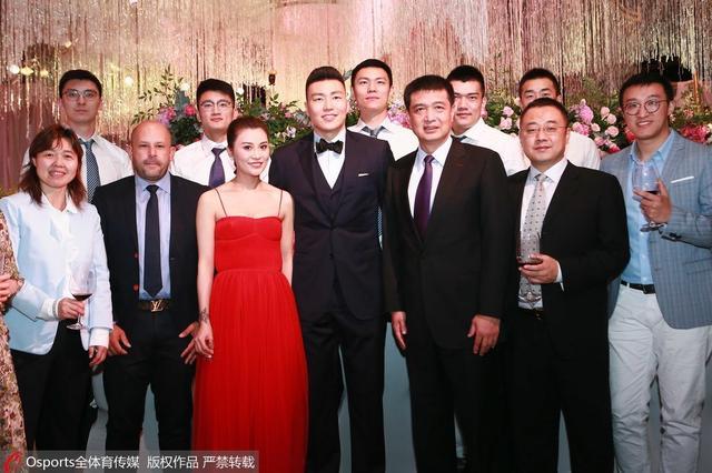 李根婚礼谢闵鹿蕾:他永远是我最敬重的师父