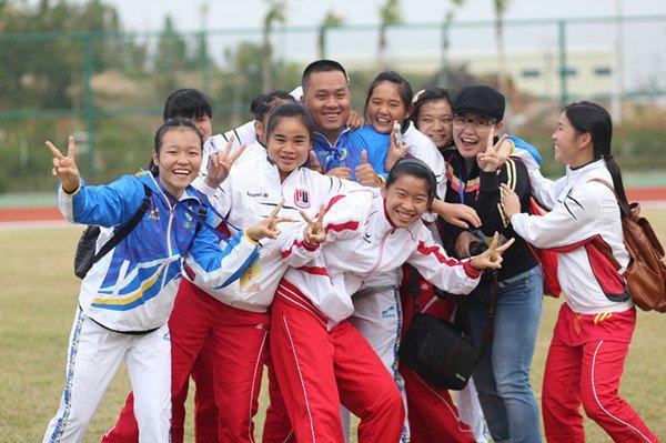 聋人女足姑娘们获得了聋人世界杯的参赛资格