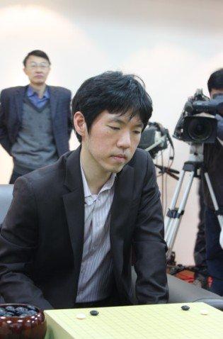 韩国农心杯选拔赛爆冷门 李昌镐出局寄望外卡