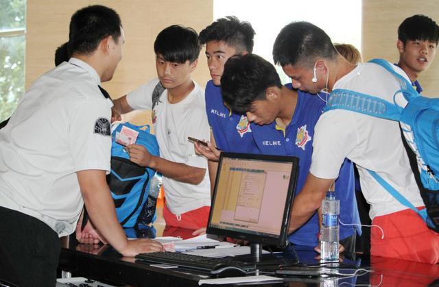 申鑫入驻金山 欲打造青少年足球精英培训基地