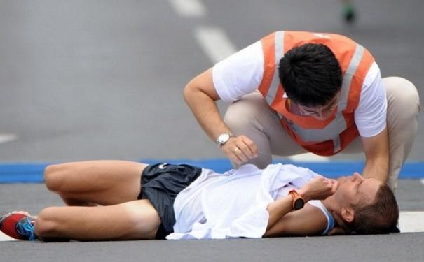 为何半马更容易发生意外? 跑马拉松需心存敬意