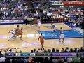 视频:太阳vs小牛 纳什带球突破隔人后仰跳投