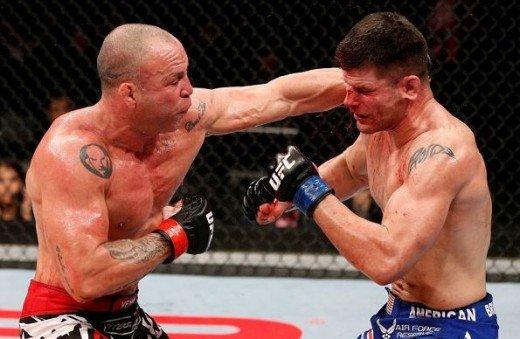 盘点UFC半年5大KO 多斯桑托斯重腿避免连败