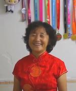 奶奶级跑者欲跑马到80岁