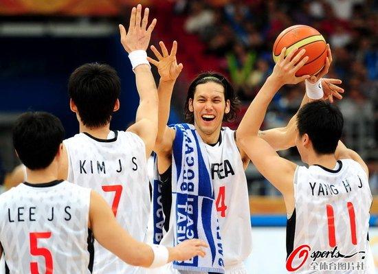 韩国罚篮制胜险胜日本 杀进男篮决赛静候中国