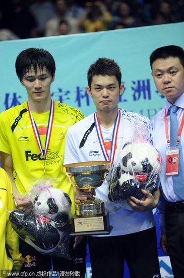 亚锦赛林丹2-0力克鲍春来 强势蝉联男单冠军