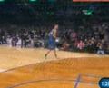 视频:扣篮大赛决赛 麦基擦板漂移单手接扣
