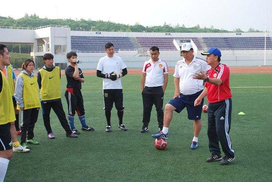 大连c级教练员培训班 fifa讲师示范进攻原则