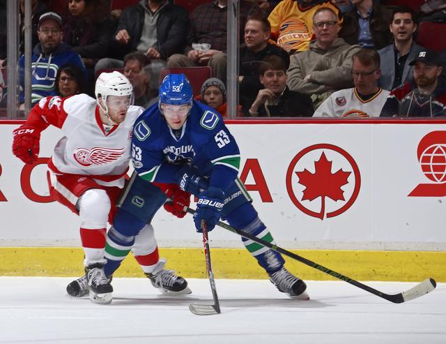 NHL-始祖六队信仰战 红翼3-2加人摆脱倒第一