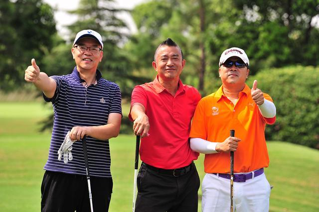 上海高尔夫大奖赛激战正酣 崔光惠夺总杆冠军