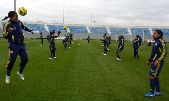 哥伦比亚公布美洲杯大名单 法尔考耶佩斯领衔