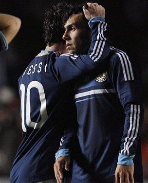 美洲杯-乌拉圭点杀阿根廷进4强 特维斯失点球