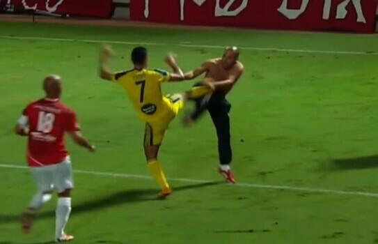 不是足球是战争!以色列德比战球迷球员互殴