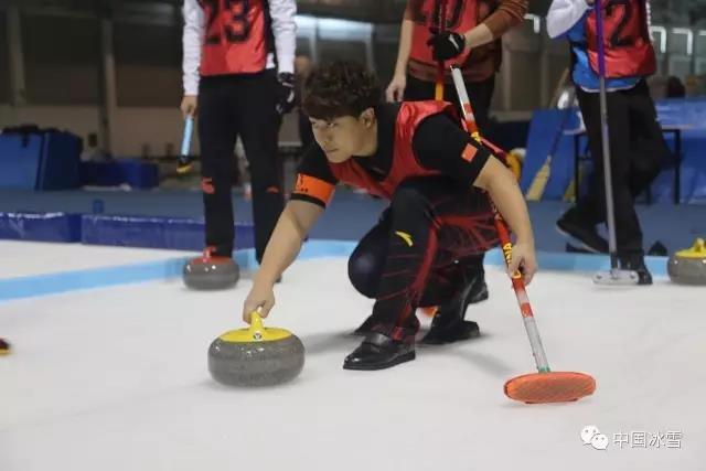 冰壶队选材训练营结束 34名运动员入选集训队