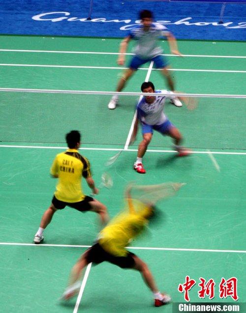 亚运会羽毛球男团决赛:中韩对决异常激烈
