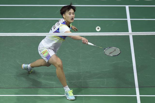 世锦赛陈雨菲0-2完败辛德胡 中国女单无缘决赛
