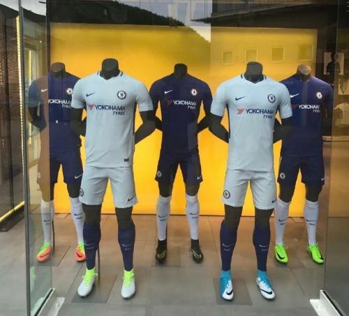 切尔西新款球衣正式发布 纯色系风格简洁大气