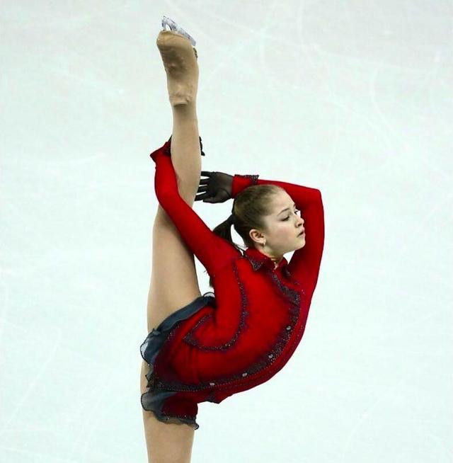 被厌食症击垮 19岁俄花滑冬奥冠军黯然退役