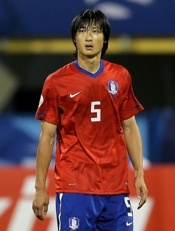 鲁能八强赛对手调整名单 韩国国脚郭泰辉助阵