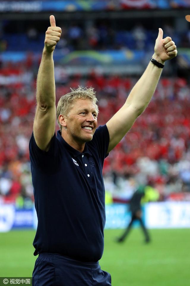 冰岛主帅:国庆日应改到今天 三狮不了解我们