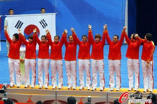 中国女队3-0完胜泰国 第九次夺亚运团体冠军
