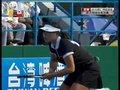 视频:软式网球金爱敬上网截击 斜线球得分