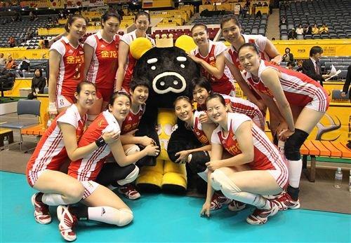 中国女排3-0轻取波兰 复赛第2胜保留8强希望