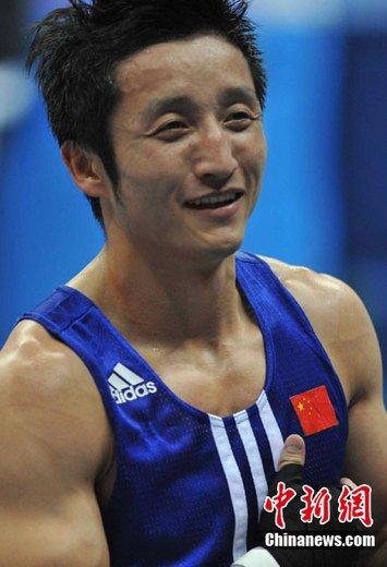 邹市明卫冕自称难比刘翔 笑言求婚比奥运夺金更难