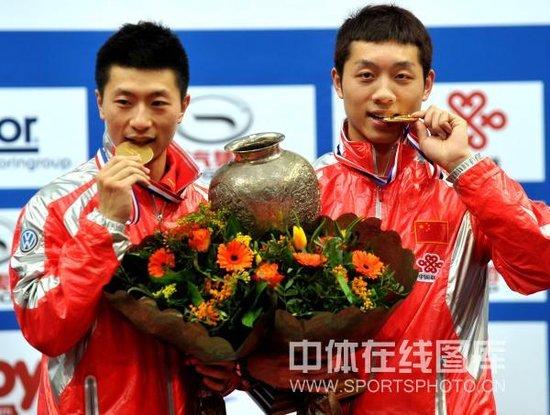马龙/许昕4-1赢德比首次夺冠 国乒男双十连冠