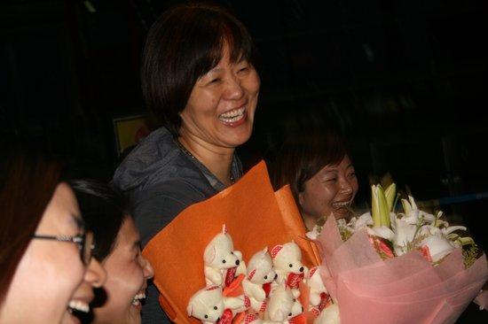 郎平24日晚抵达北京 出任女排主帅进入倒计时