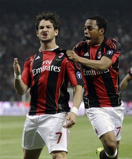 米兰3-0双杀10人国米 帕托2球卡萨诺点杀染红